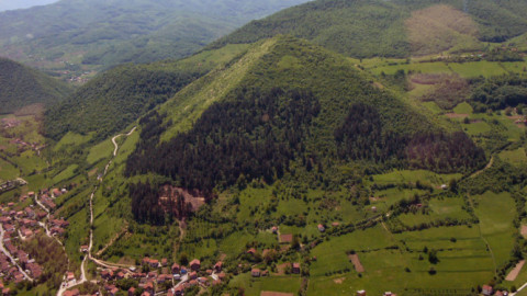 Piramidy w Bośni